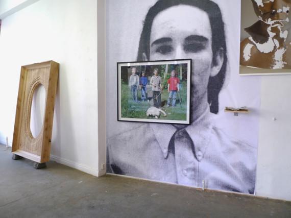 'Playing with dead things', installasjonsfoto. Gjengitt med tillatelse fra Galleri Steinsland Berliner.
