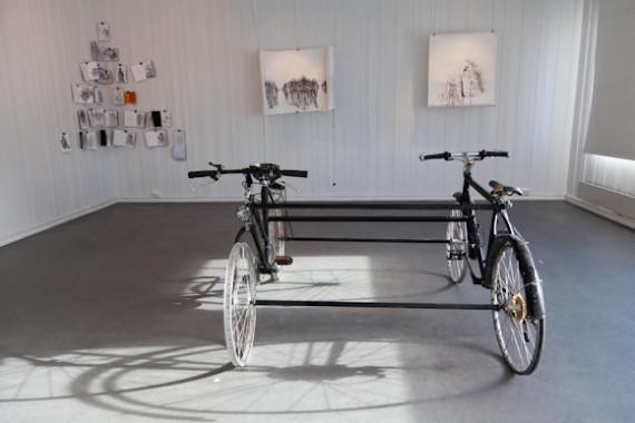 Serhed Waledkhani 'Hvilken vei skal vi gå?' sykkelskulptur (2012).