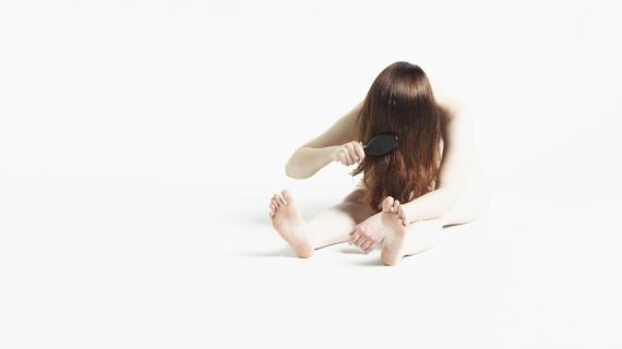 Charlotte Thiis-Evensen, still from 'Gre hår', 2013.