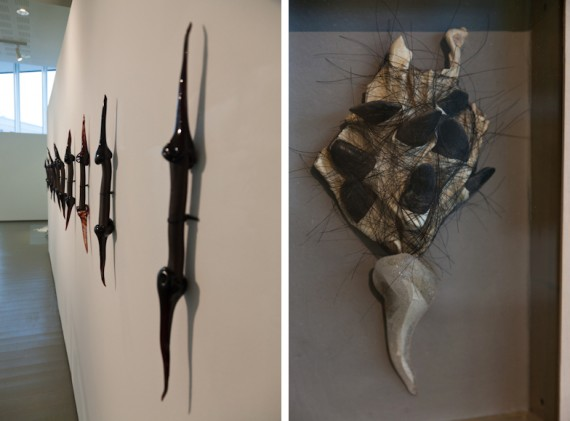 Aslaug Juliussen 'Hornpinner' (2004) og 'Fra Oktoberhagen' (2003) glass, kløver og reinsdyrhud