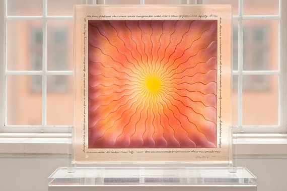 Judy Chicago, 'Fused Mary Queen of Scots in glass 1' (2007). Foto: Istvan Virag