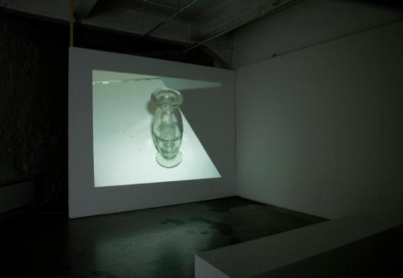 Ane Hjort Guttu, How to Become a Non-Artist, 2007. Installasjonsfoto. Foto: Hallvard Haugerud