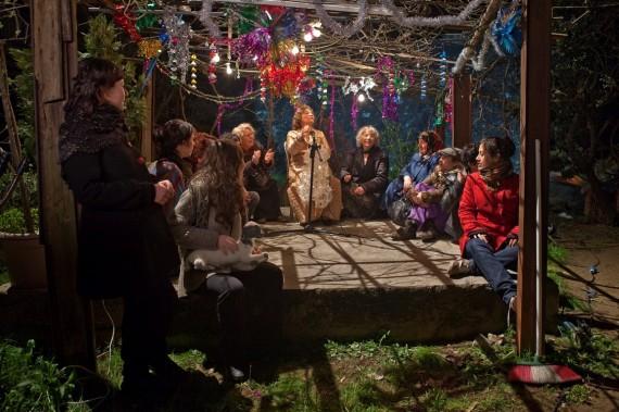 Nilbar Güres, The Gathering, 2010