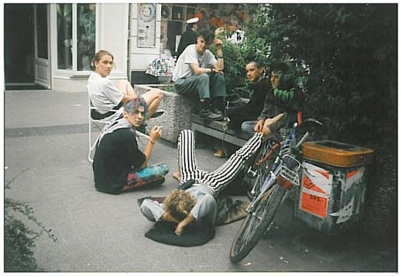 Punkere i Flensburg anno 80-tallet: Karsten, Julian, Simone ©Julian Blaue