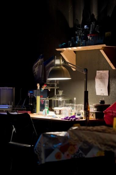 Lars Cuzner og Fadlabi, Forensics of Attraction, 2013. Co-produsert av Bergen Assembly 2013. Foto: Nils Klinger