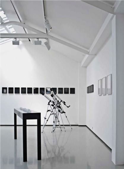 Toril Johannessen, Variable Stars, installasjonsbilde fra Galerie Gabriel Rolt.