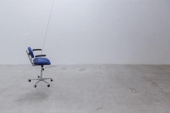 Julius von Bismarck, Democracy Chair. Foto: Kristoffer Juel Poulsen. @IMO Projects.