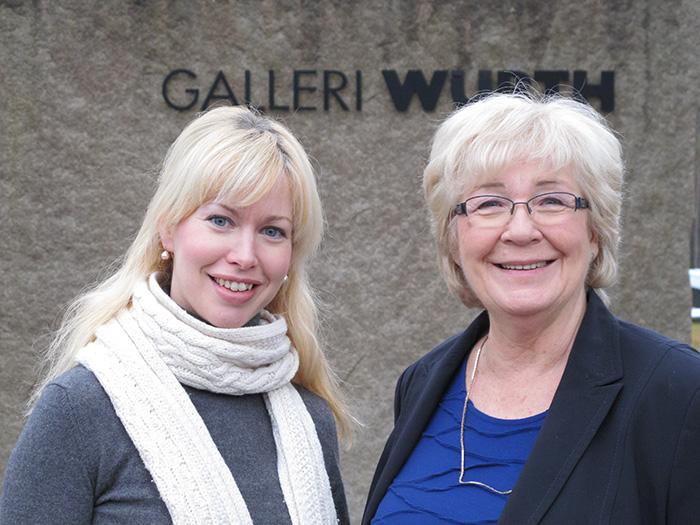 Avtroppende og påtroppende gallerileder for Galleri Würth. Anne-Birte Rasmussen Snilsberg (t.v.) avløste fra 1. januar Eva Schwuchow. Foto: Galleri Würth.
