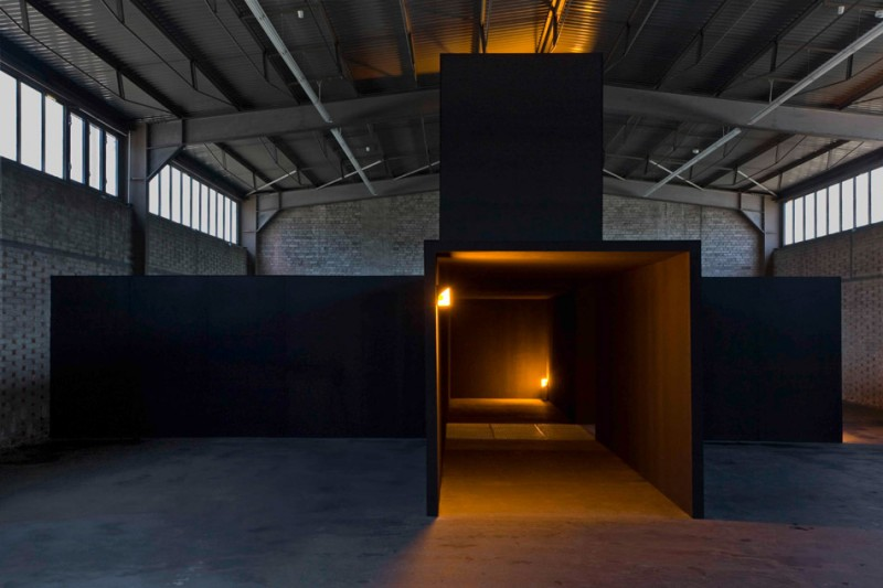 Bruce Nauman, Room with My Soul Left Out, Room That Does Not Care, 1984 Celotex, Rusted Steel, Yellow Light.  Staatliche Museen zu Berlin, Nationalgalerie
