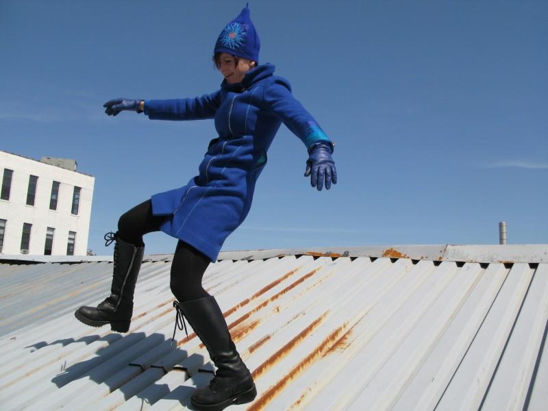 Sol Kjøk, daglig leder NOoSphere, på taket av Moderskipet. Foto: Mika Poloni