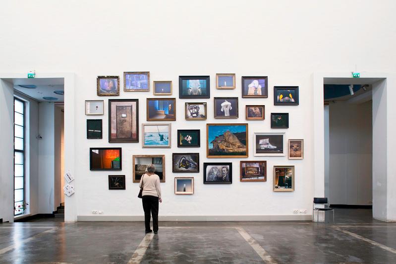 Installation view Esko Männikkö: Time Flies, 2014 Image courtesy of Kunsthalle, Helsinki Photo credit: Patrik Rastenberger