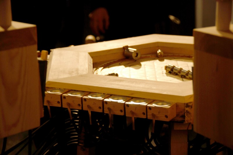 Ånond Versto, Kosmos Wurlitzer III, detail. ©Lydgalleriet