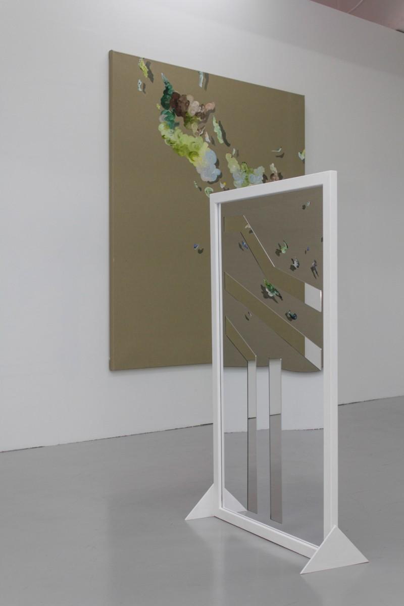 Ingrid Toogood: Livslinje (venstre hånd), 2014, speilakryl i ramme. Foto: Jo Tandrevold