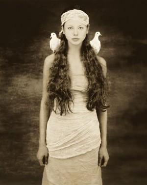 Joyce Tenneson, Dash and doves. ©Joyce Tenneson