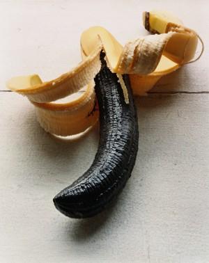 Torbjørn Rødland, Banana Black, 2005. Fra Sasquatch Century på Henie Onstad Kunstsenter © All rights reserved